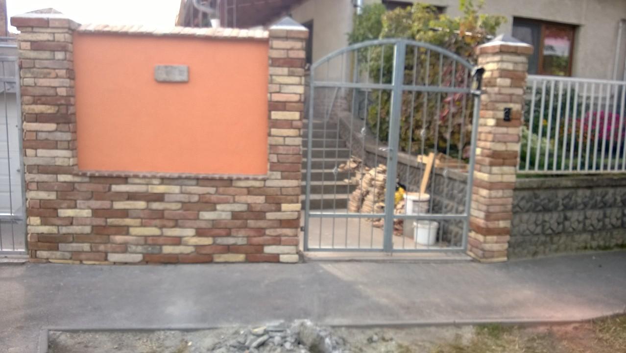 bontott tégla építés : bontott  téglával épített