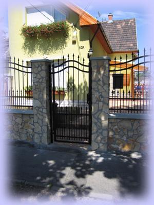 zalukő,tégla kerítés, felújítás