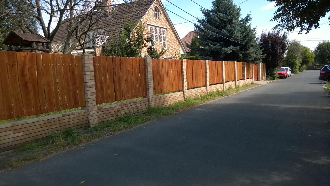 fa kerítés, rusztikus fa kerítés