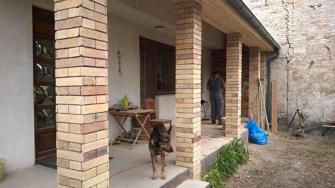 Családi ház falazás